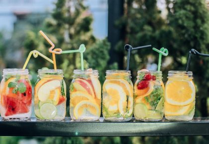 Fruit in mason jars, many ideas. Keeping your mind fresh and attention focused.